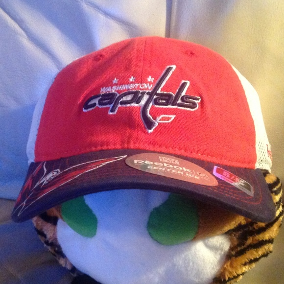 Reebok Other - Official Slouch Hat Cap Washington Capitals NEW